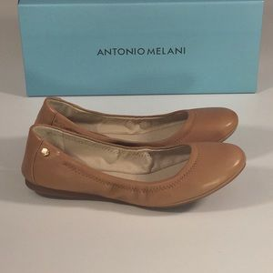 Antonio Melani Flats Leather size 5.5 NIB